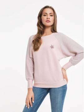 Джемпер женский Джемпер с мерцающим блеском и брошью 837 18С-524ТСП, размер 170-100, цвет pink