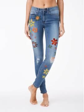 Джинсы женские Fashion Ультрамодные джинсы с вышивкой и эффектом сильной поношенности CON-32 CON-32, размер 170-102, цвет синий